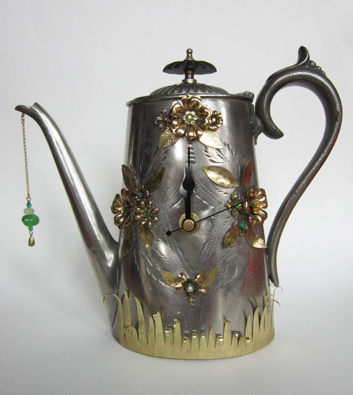 teapot-clock-sculptures (10)