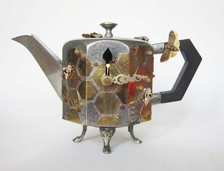 teapot-clock-sculptures (4)