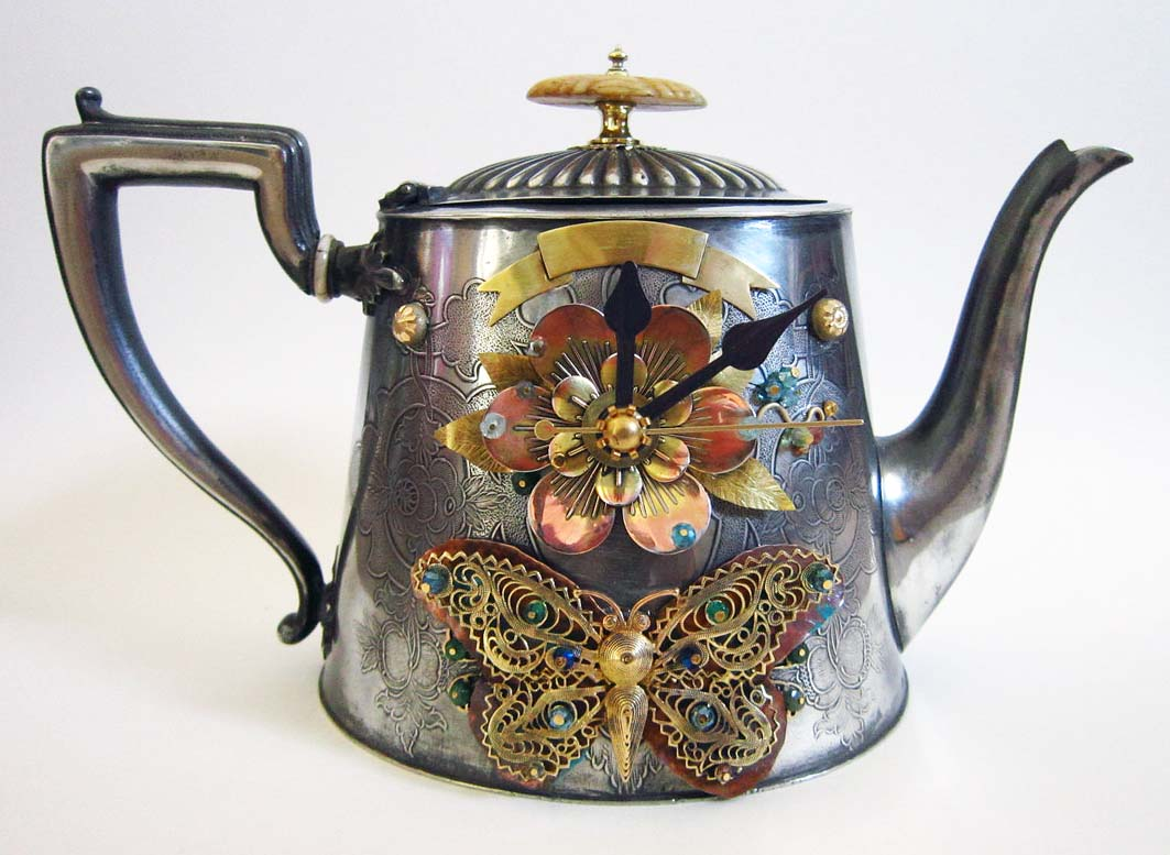 teapot-clock-sculptures (6)